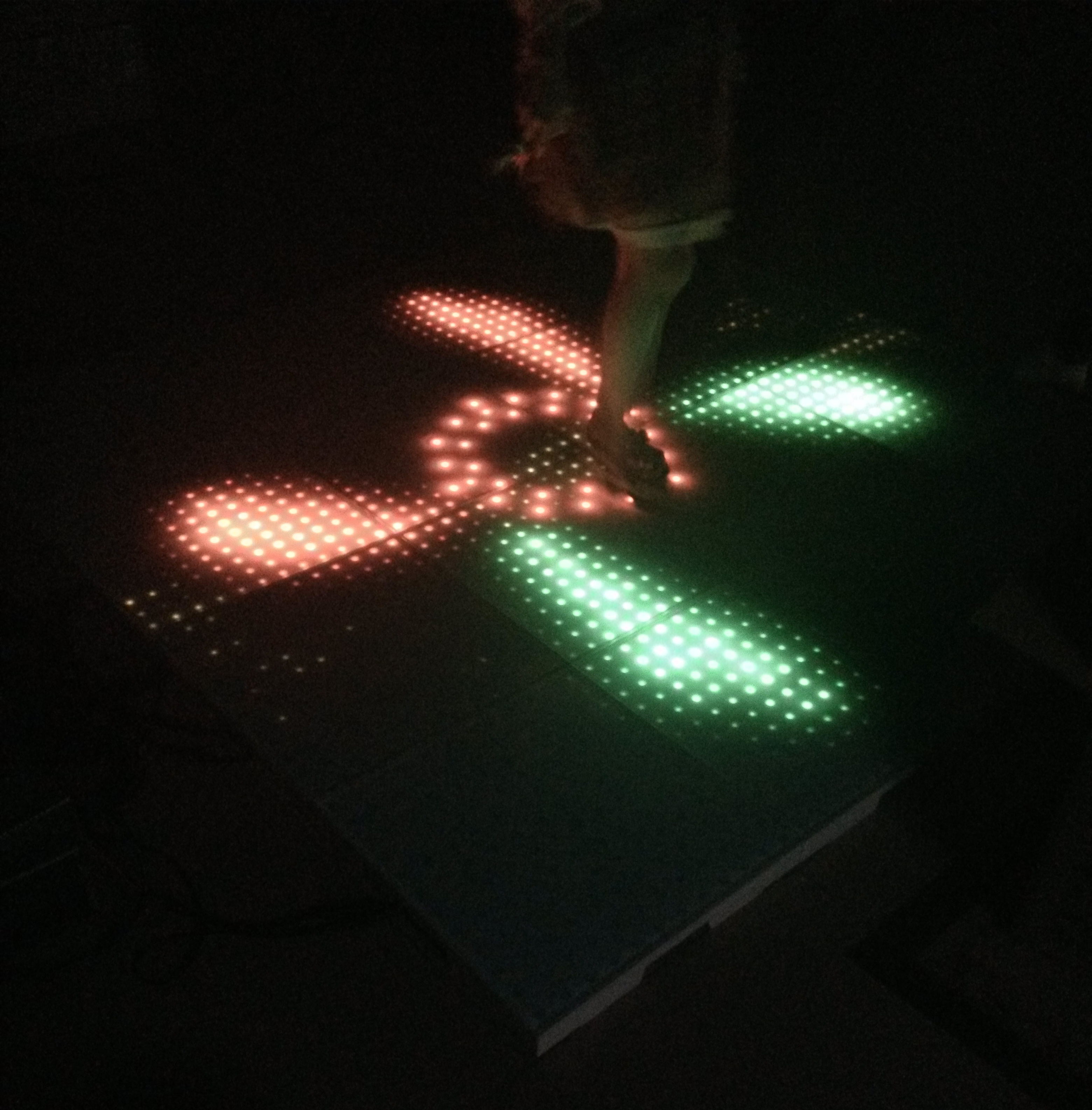 High definition ​Plastic LED interactive dance floors HS-IDF144